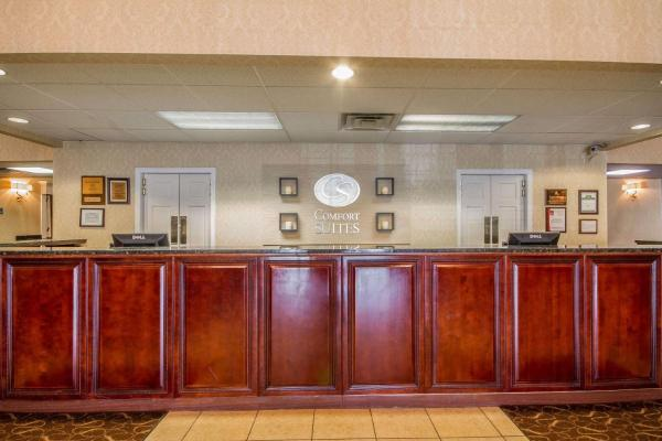 Comfort Suites Appleton Airport Appleton