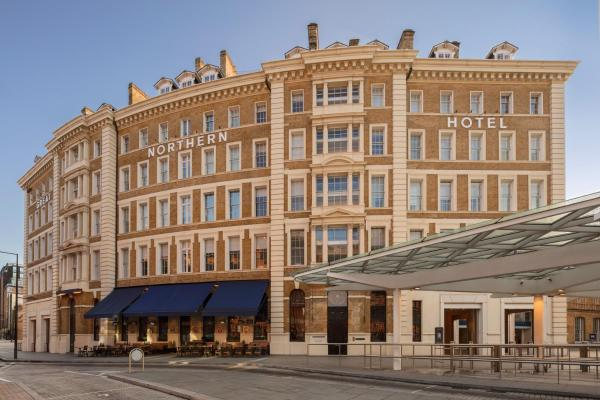 Great Northern Hotel, A Tribute Portfolio Hotel, London / Great Northern Hotel