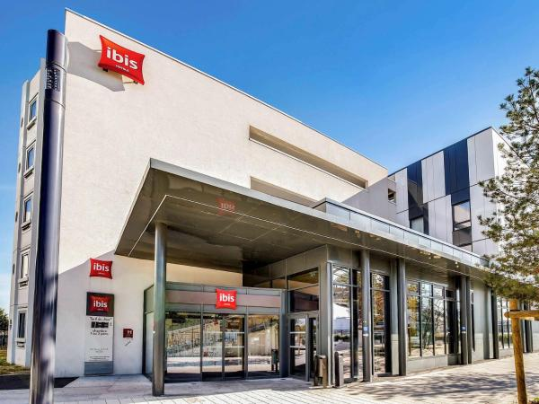 Ibis Paris Orly Aeroport Орли