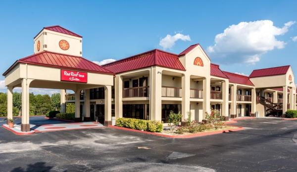Red Roof Inn & Suites Clinton Hillvale