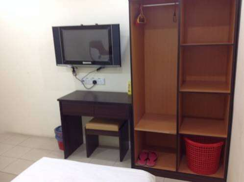 DG One Stop Budget Hotel