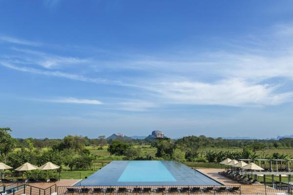 Aliya Resort and Spa Sigiriya