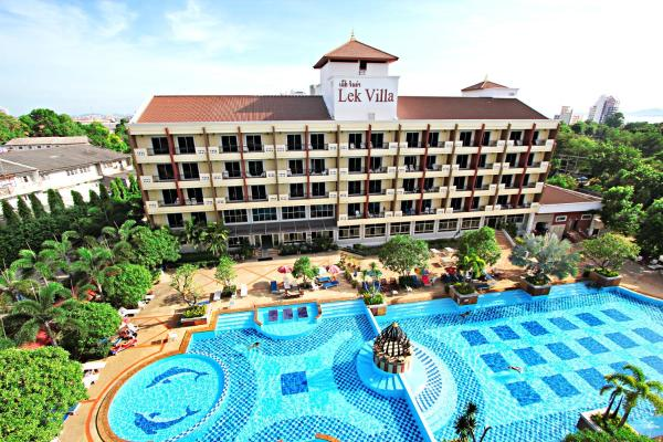 Lek Villa Pattaya North