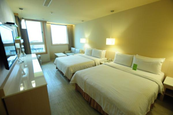 Kindness Hotel - Kaohsiung Guang Rong Pier 高雄