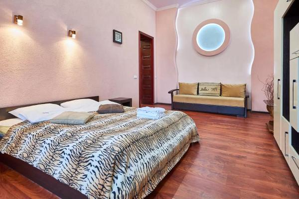 Home Hotel Apartments on Zoloti Vorota Kiew