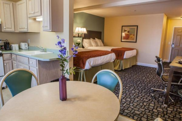 Marinwood Inn & Suites Novato