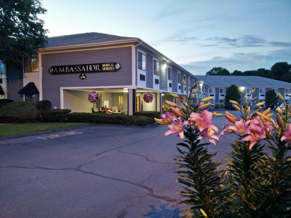 Ambassador Inn and Suites South Yarmouth
