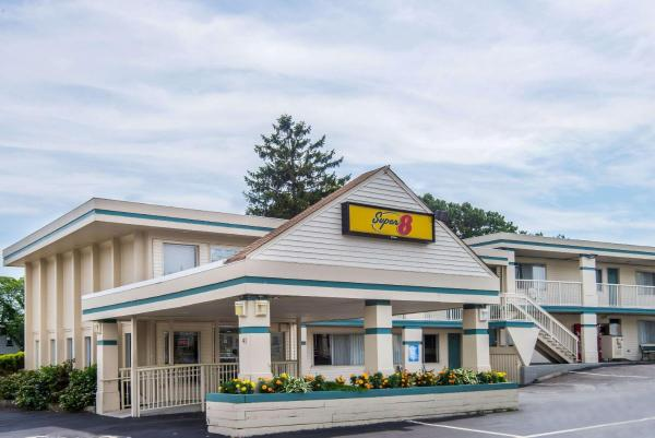 Super 8 W Yarmouth Hyannis/Cape Cod West Yarmouth
