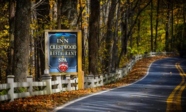 Inn at Crestwood Boone