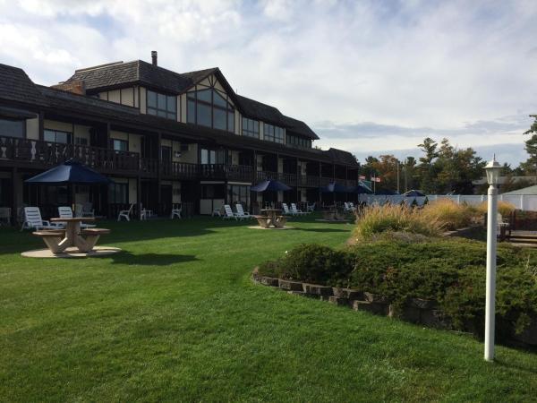 The Beach Haus - Traverse City