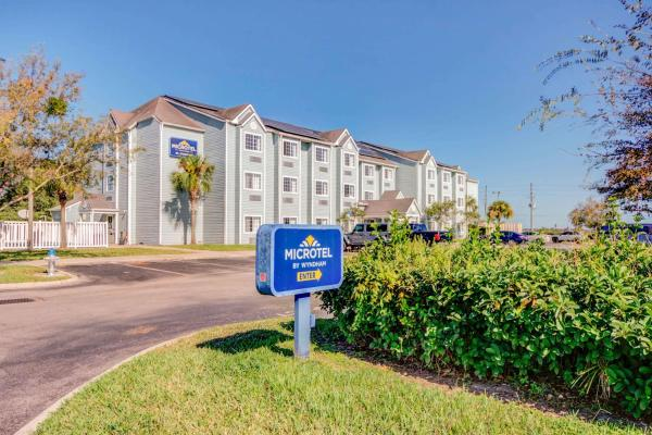 Microtel Inn and Suites - Zephyrhills Zephyrhills