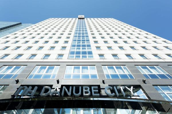 NH Danube City Viena