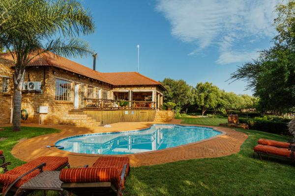Boubou Bed and Breakfast Rustenburg