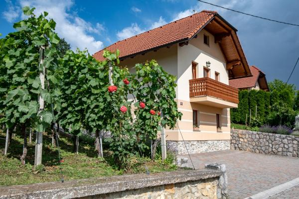 Vineyard Cottage Pod Piramido Dobrnič