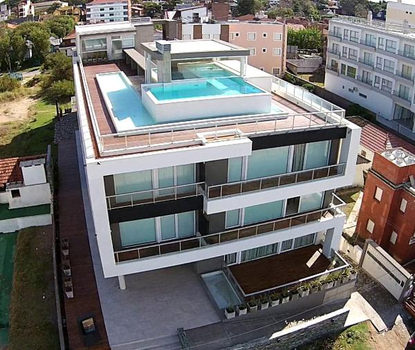 Eighteen Apartments Villa Gesell