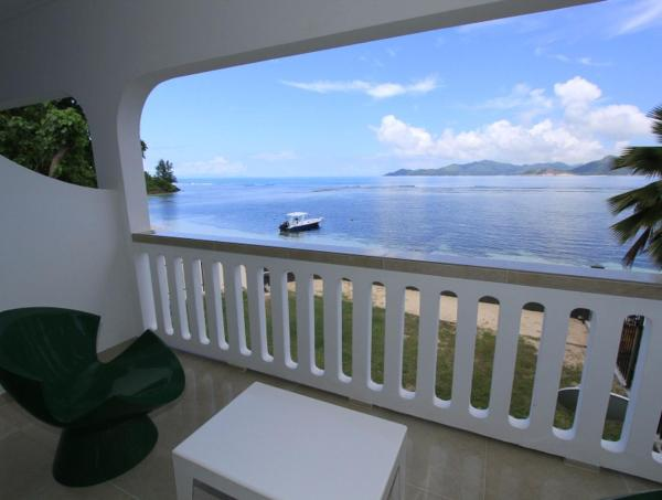 Marie-France Beach Front Apartments La Digue