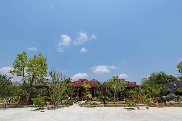 Cowboy Farm Resort Pattaya