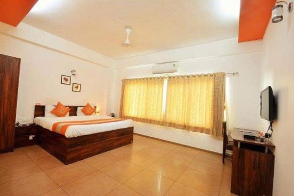 10 Blossoms Serviced Apartments Navrangpura