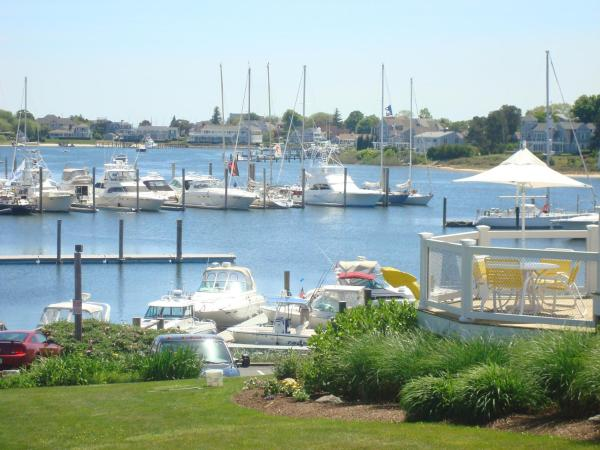 Anchor In Distinctive Waterfront Lodging Hyannis