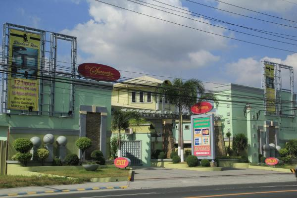 One Serenata Hotel Bacoor Манила