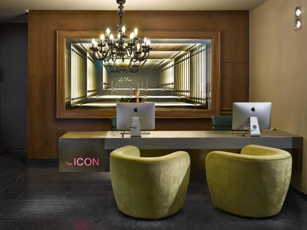 The ICON Hotel & Lounge(艾肯酒店和酒廊)