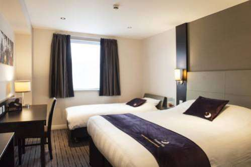Premier Inn Stourbridge Town Centre Lye