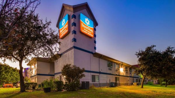 Days Inn Benbrook Benbrook