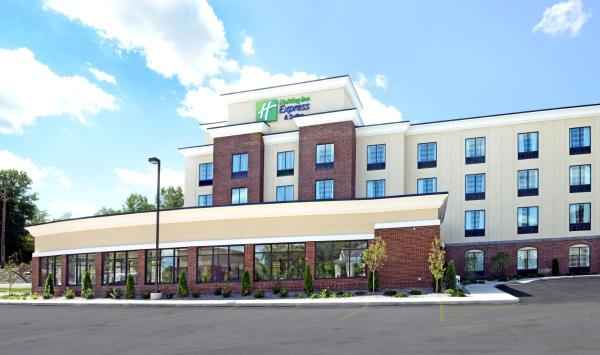 Holiday Inn Express & Suites Geneva Finger Lakes Geneva