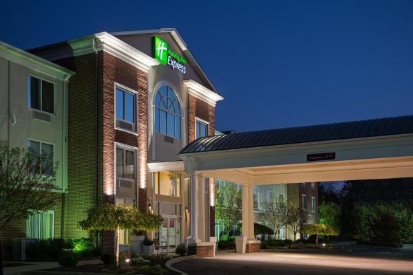 Holiday Inn Express Hotel & Suites Youngstown North-Warren/Niles Warren