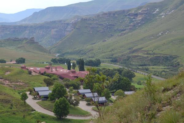 Golden Gate Hotel and Chalets Clarens