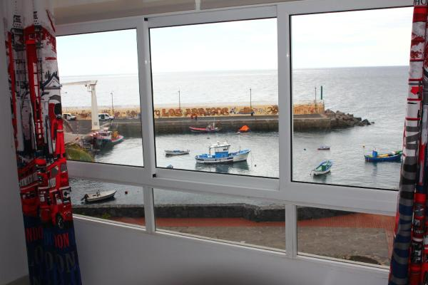 Los Abrigos Sea-Port View