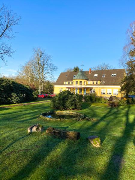 Hotels near Bird Parc Walsrode. Prices & Easy Booking !