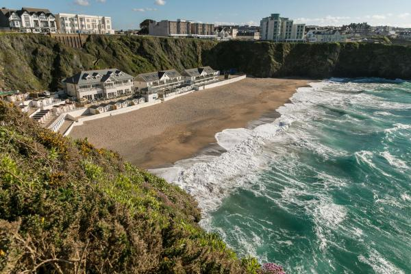 Tolcarne Beach Apartments Newquay