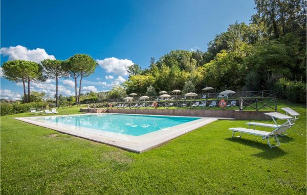Apartment Castelfiorentino 85 with Outdoor Swimmingpool