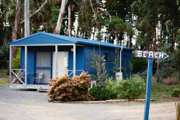 Seven Mile Beach Cabin and Caravan Park Seven Mile Beach
