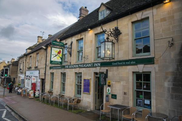 The Golden Pheasant Hotel Burford