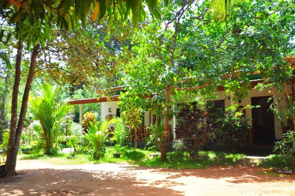 Sigiri Rock Side Home Stay Sigiriya