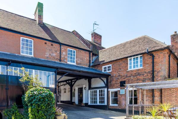 The White Hart Hotel Welwyn