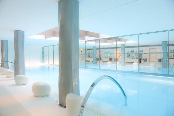 Hôtel Le Royal Monceau Raffles Paris 8th arr