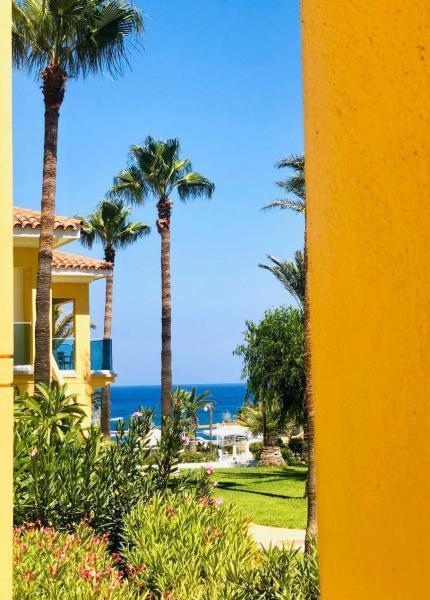 Malama Beach Holiday Village Протарас