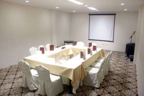 Subic Bay Travelers Hotel And Event Center Inc