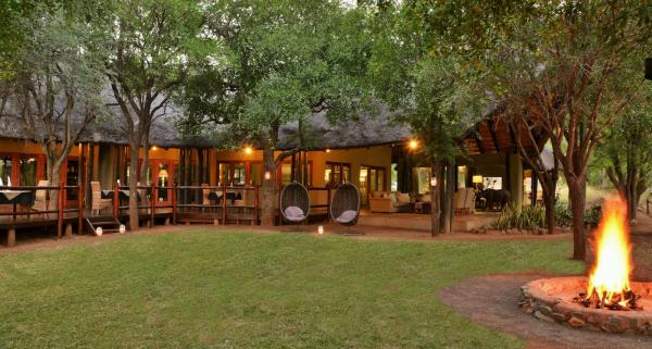 Black Rhino Game Lodge Matlhagame