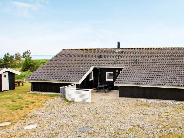 Five-Bedroom Holiday home in Løgstør Trend