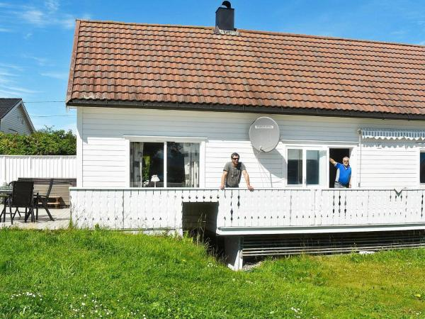 Five-Bedroom Holiday home in Vevang 1 Vevang
