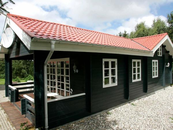 Two-Bedroom Holiday home in Løgstør 3