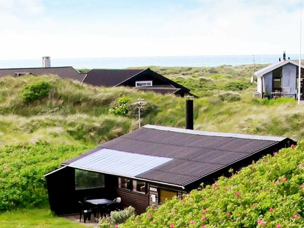 Two-Bedroom Holiday home in Løkken 25