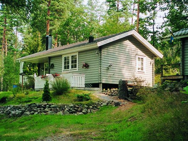 Two-Bedroom Holiday home in Valdemarsvik 1 Gusum