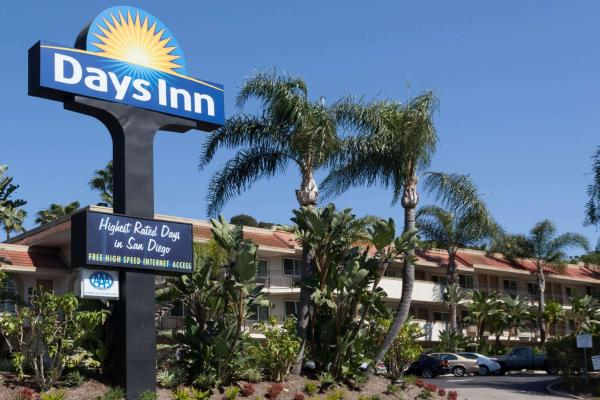 Days Inn San Diego Hotel Circle Near SeaWorld Mission Valley