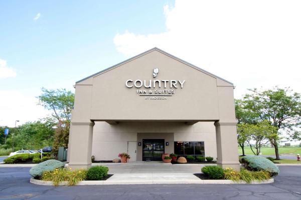 Country Inn & Suites by Radisson, Sandusky South, OH
