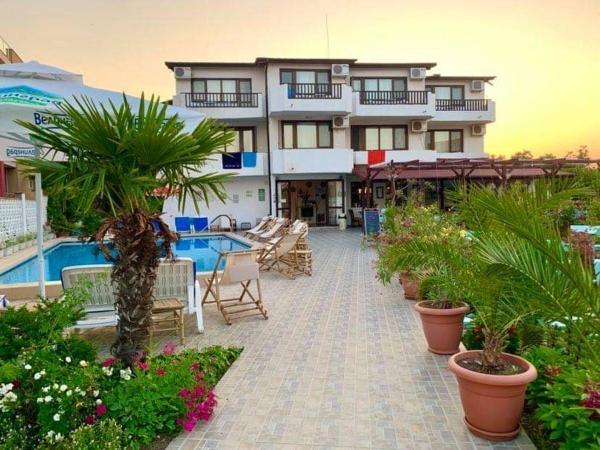 Family Hotel Southern Nights Varvara